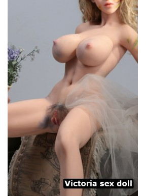 Victoria sex doll sur mesure - 150cm