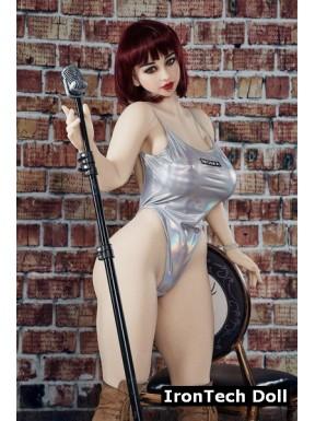 La chanteuse au piercing par IronTech Doll - Miki - 158cm
