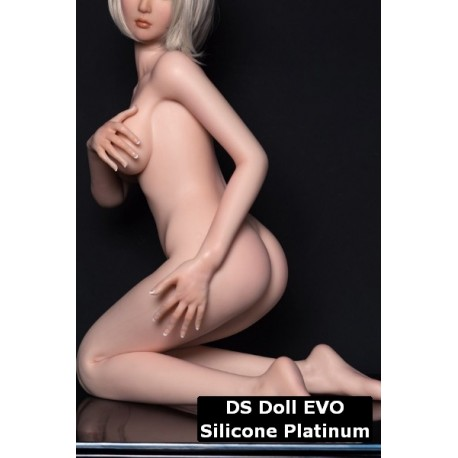 DS DOLL - 145cm EVO sur mesure