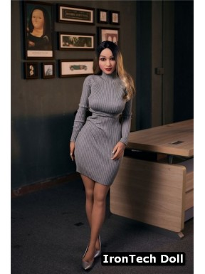 Poupée sexy asiatique IronTechDoll - Yumiko - 153cm