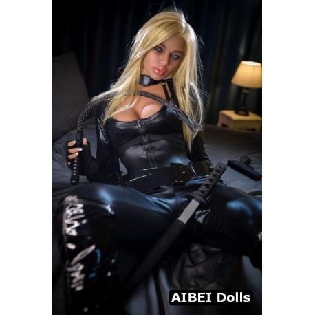 Sexe doll hybride et musclée AIBEI - Inguna - 164cm
